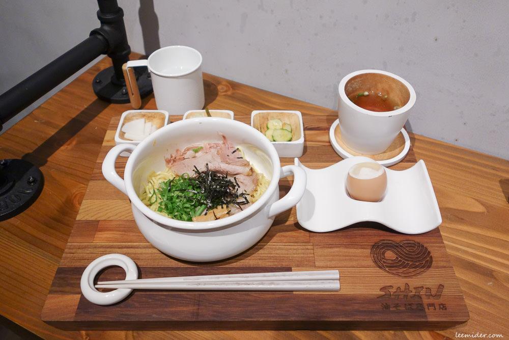 台北日式拉麵 Aburasoba SHIN油そば専門店 無湯的拌油麵 近仁愛圓環 安和路