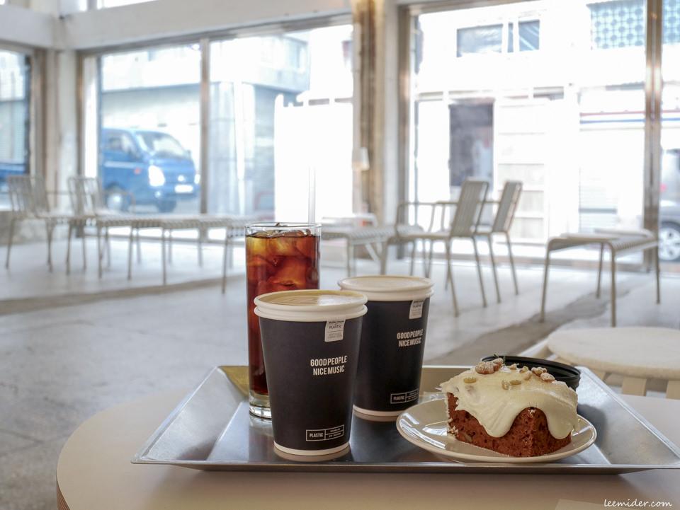 韓國釜山 五金行改建成的咖啡廳 PLASTIC(플라스틱) 西面站田浦咖啡街