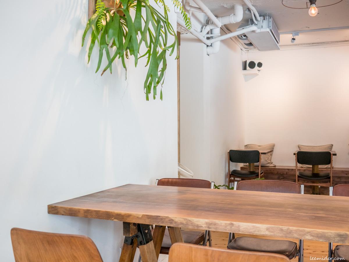 Powder workshop有雙人座和六人大桌