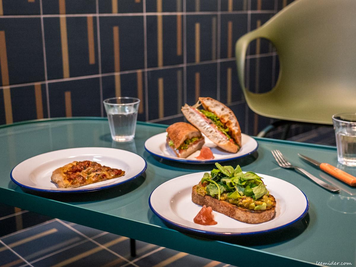 台北大安區-Boulangerie Ours,敦南巷弄裡的歐式麵包烘焙坊,也有內用三明治早午餐菜單