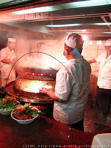 [食]復古風味‧唐宮蒙古烤肉&酸菜白肉火鍋吃到飽-台北